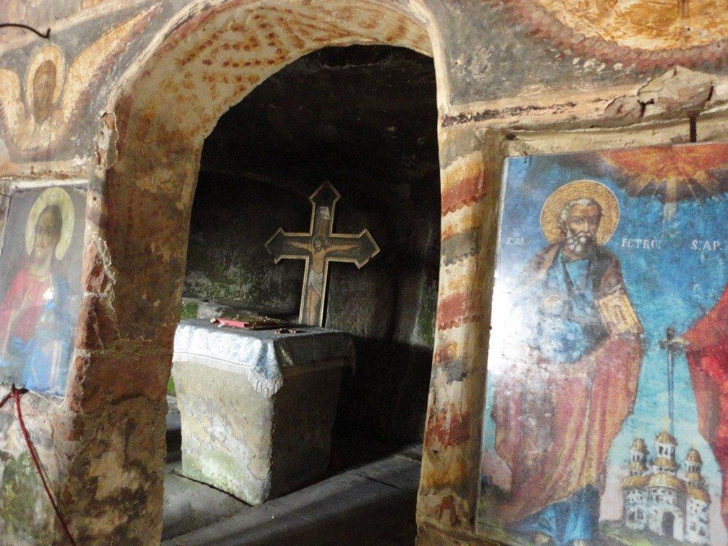 pictura murala, Corbii de Piatra, biserica rupestra