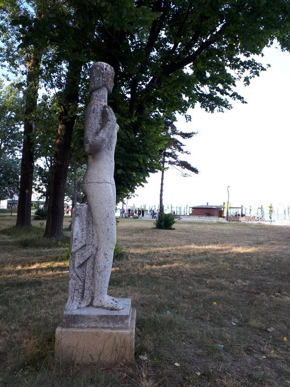 Fata la mare, Cornel Medrea, Cazinoul Constanta, legenda argonautilor si a lanii de aur, obiective turistice Constanta, Romania