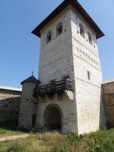 Biserica fortificata Zamca, obiective turistice din Suceava, atractii turistice Romania