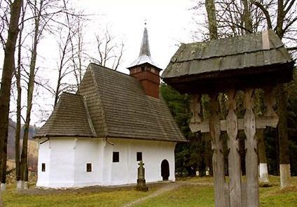 Manastirea Lupsa ,obiective turistice in Muntii Apuseni, Transilvania Romania