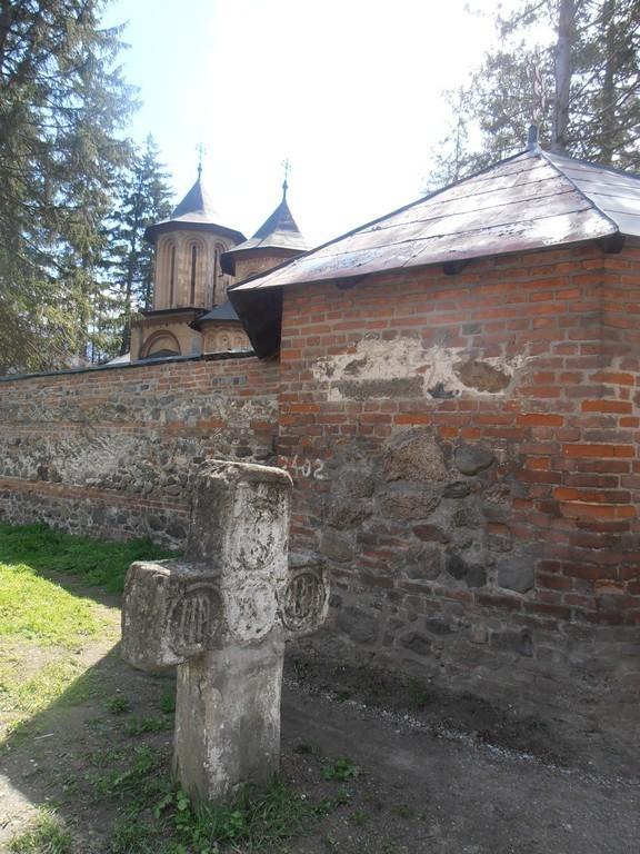 fortificatia Manastirii Cornetu