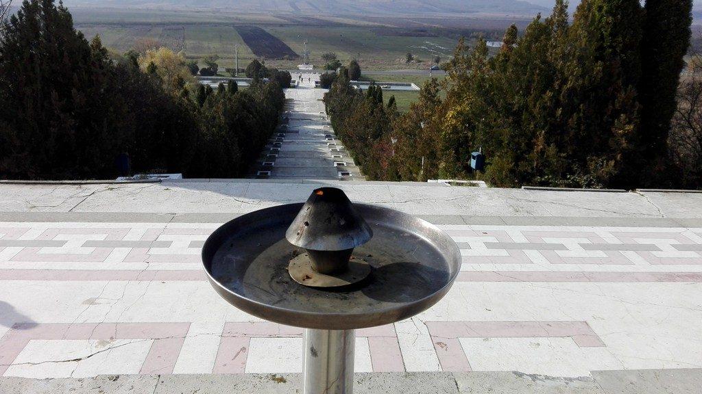 monumentul lui Stefan cel Mare de la Podul Inalt