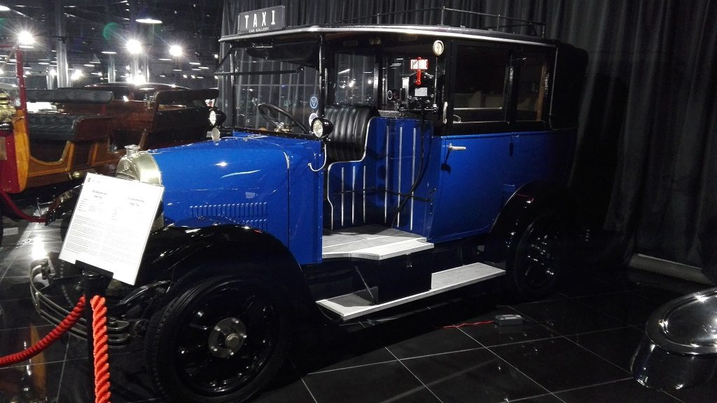 taxi-londonez-vechi