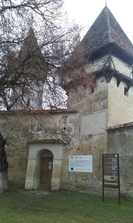 Cincsor, biserica fortificata, obiective turistice Sibiu, Valea Hirtibaciului (2)