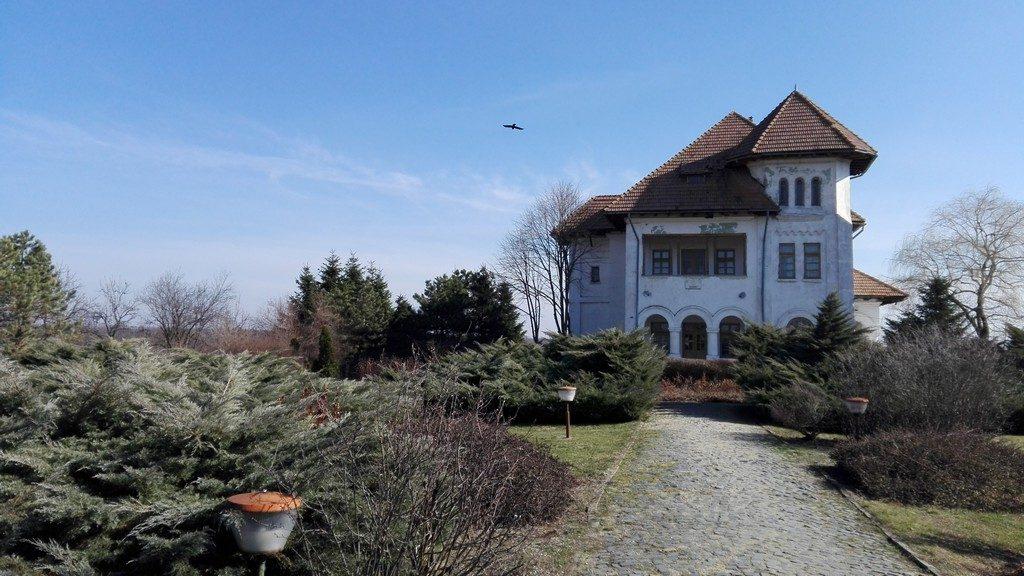 Conacul Nicolae Titulescu, obiective turistice Olt