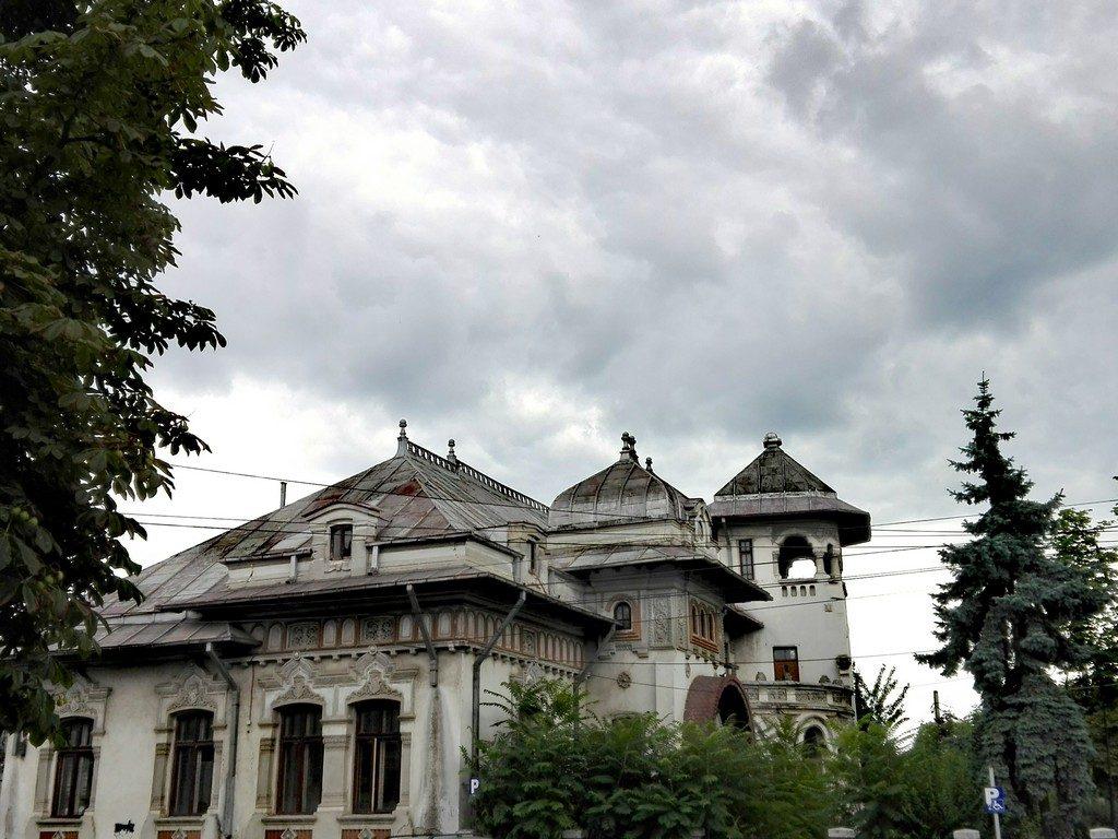 cladiri istorice, obiective turistice Ploiesti, Romania