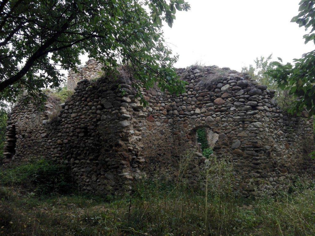 Cetatea Salasu de Sus, obiective turistice Hunedoara, Romania, Retezat