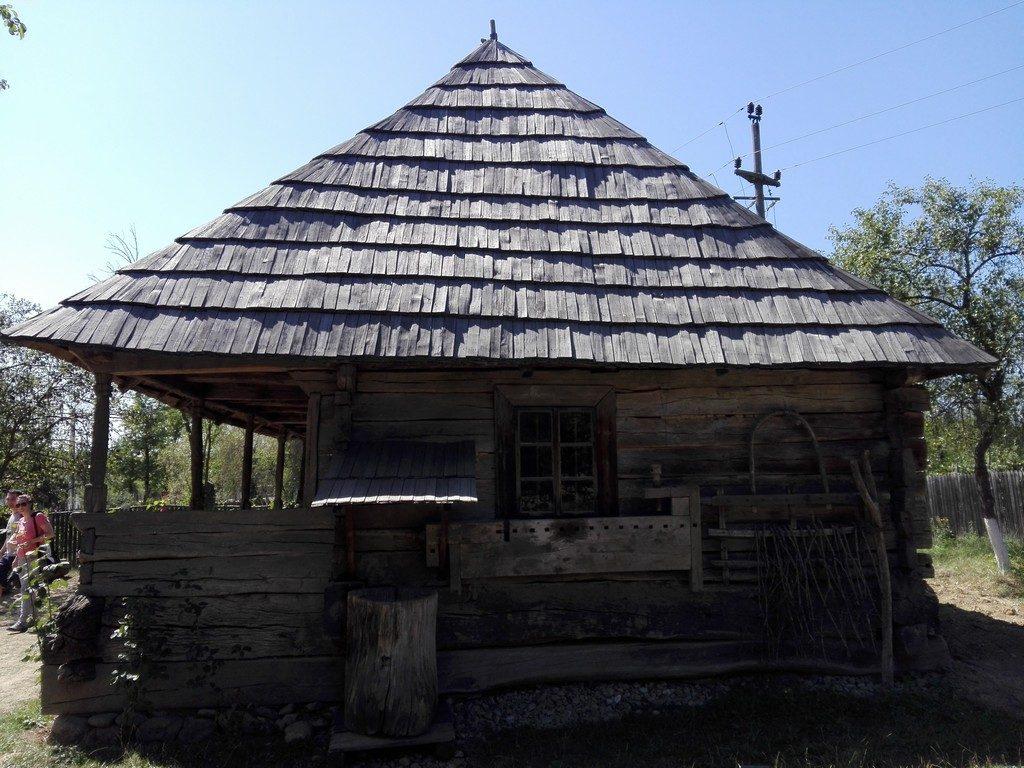 Casa memoriala Constantin Brancusi, Hobita, obiective turistice Romania