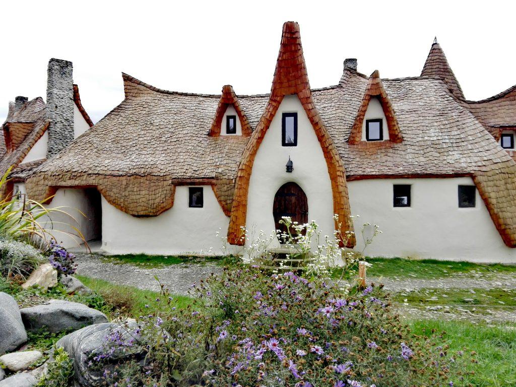 Castelul de lut din Valea Zanelor, obiective turistice, Porumbacu de Sus, Sibiu, Romania
