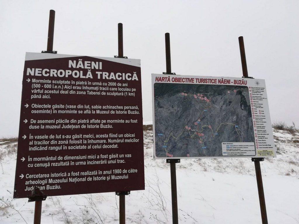 Tabara de sculptura Naeni, necropola tracica, obiective turistice Romania, Buzau