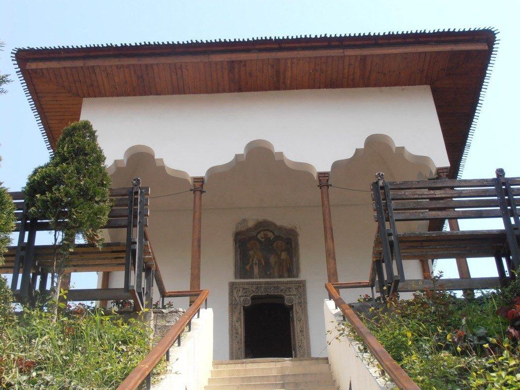 Biserica-Bucur-obiective-turistice-Bucuresti-Romania