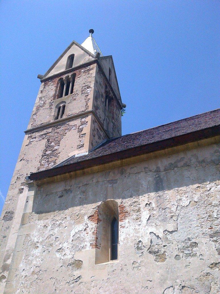 Biserica, SantaMarie Orlea, obiective turistice Hunedoara, Romania, concediu, infoturist