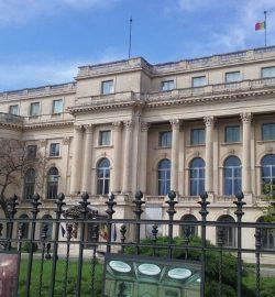 obiective turistice in Bucuresti, Calea Victoriei, Romania,, Muzeul National de Arta, Palatul Regal