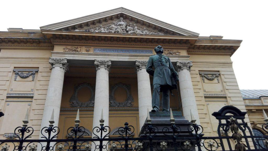 Statuia Carol Davila, Storck
