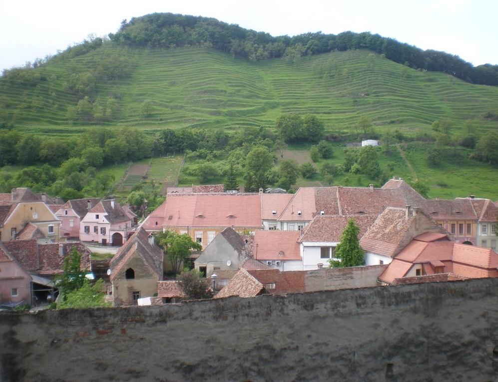 Obiective turistice pe langa Medias si Sighisoara, Biserica fortificata Biertan