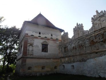 Castelul lui Lazar, Lazarea, obiective turistice in Romania