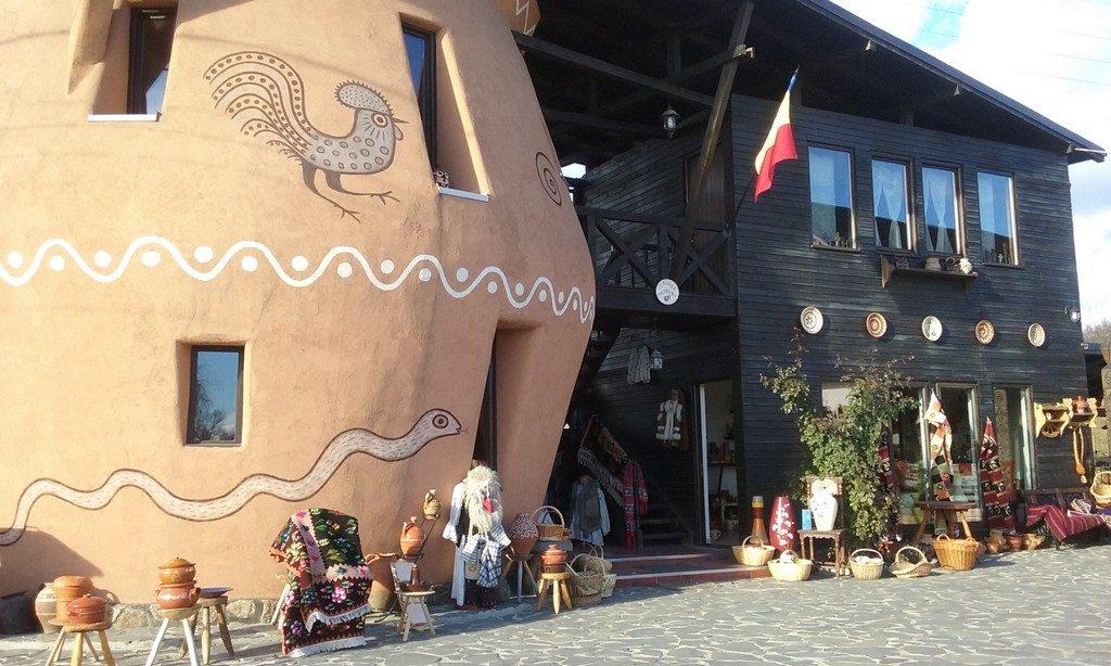 Horezu, obiective turistice Romania