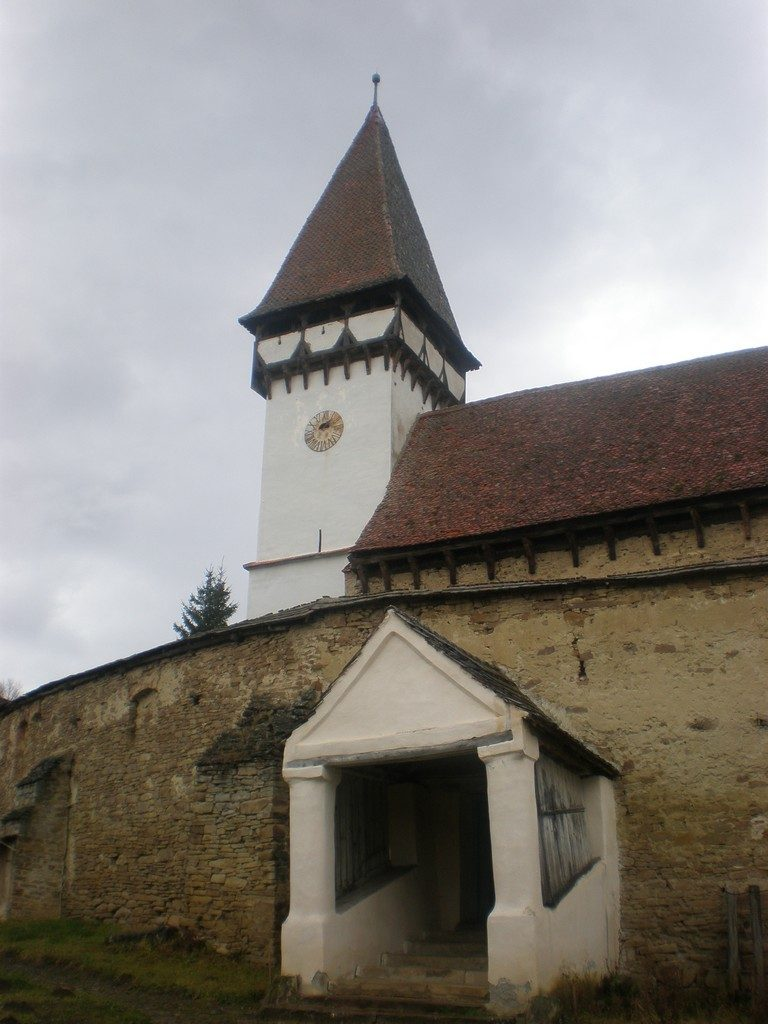 biserica fortificata din Mesendorf, obiective turistice in Transilvania