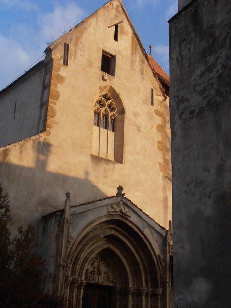 biserica fortificata din Richis, obiective turistice in Ardeal