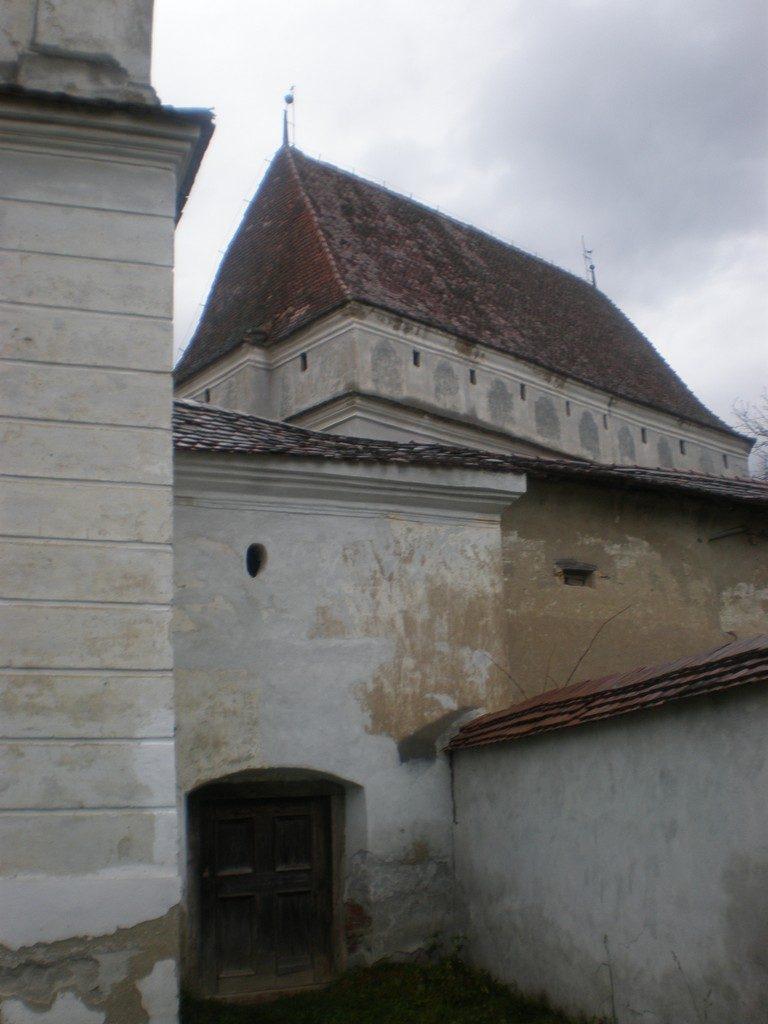 Biserica fortificata din Cloasterf, obiective turistice judetul Mures, Sibiu