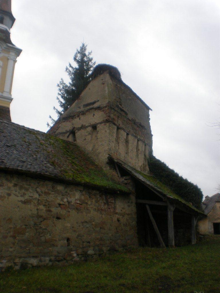 Biserica fortificata din Crit, obiective turistice in Romania