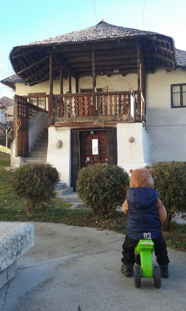 Casa Memoriala Anton Pann, Muzeul de Arta, Ramnicu Valcea, obiective turistice Romania, muzee, parcuri, gradina zoologica, muzeul de istorie