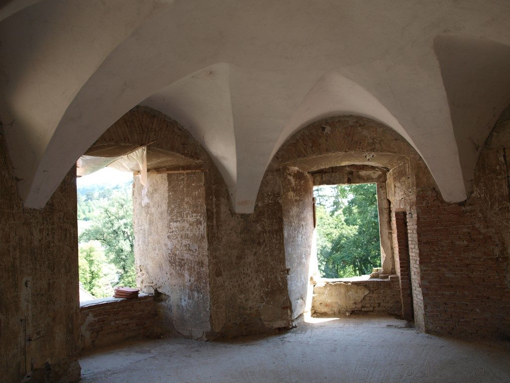 Castelul-Bethlen-din-Cris-18