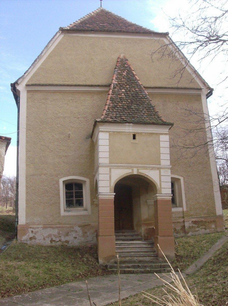Biserica si turnul inclinat din Rusi, obiective turistice in judetul Sibiu