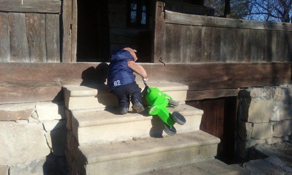 Muzeul Satului Ramnicu Valcea, Muzeul de Istorie, Casa Memoriala Anton Pann, Muzeul de Arta, Ramnicu Valcea, obiective turistice Romania, muzee, parcuri, gradina zoologica, muzeul de istorie