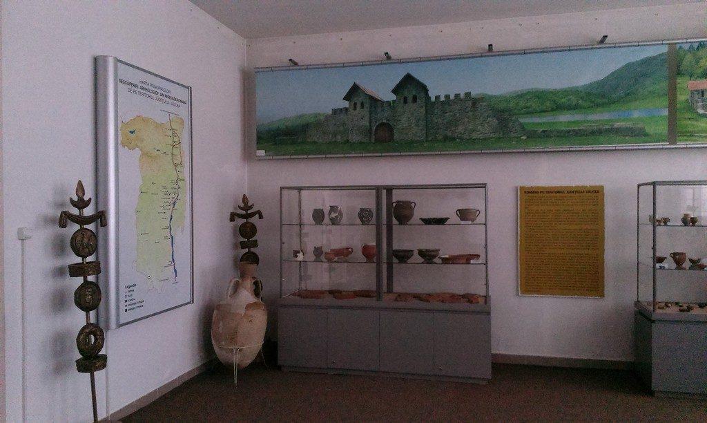 Muzeul de Istorie, Casa Memoriala Anton Pann, Muzeul de Arta, Ramnicu Valcea, obiective turistice Romania, muzee, parcuri, gradina zoologica, muzeul de istorie