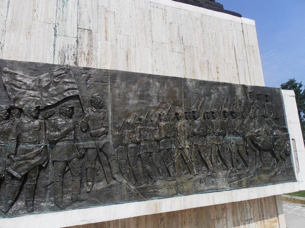 Parcul Independentei, Corabia, obiective turistice Romania, OLT, Crucea Eroilor