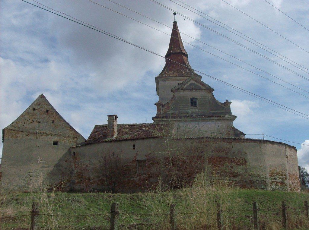 Biserica fortificata din Agarbiciu, obiective turistice in Romanania, judetul Sibiu