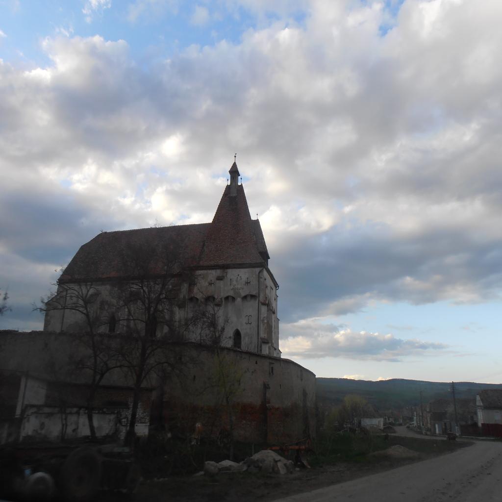 Biserica fortificata Boian, obiective turistice Transilvania, atractii turistice Romania