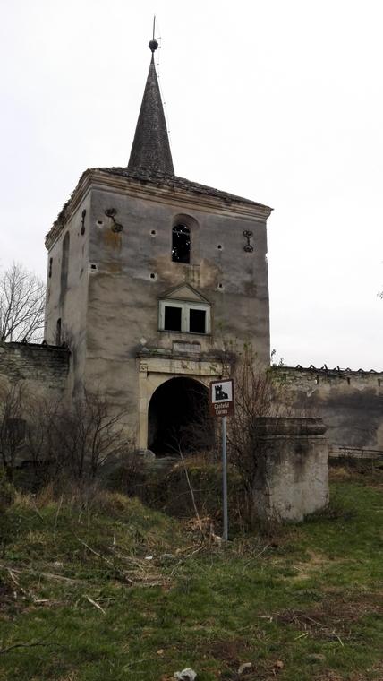 Castelul Kornis, inorogi, unicorni