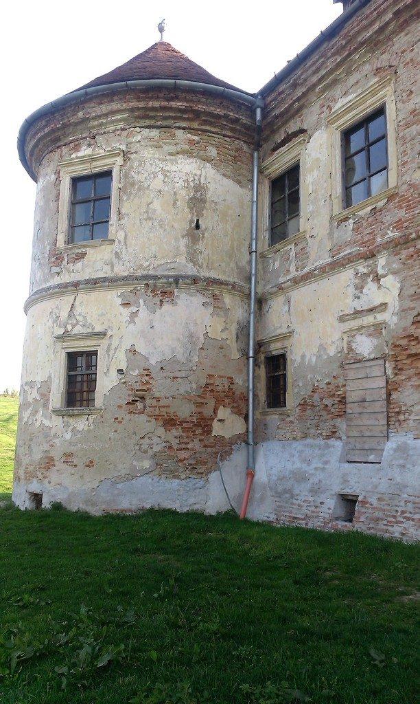 Castelul Pekri din Ozd, obiective turistice in Romania, atractii turistice judetul Mures, Transilvania