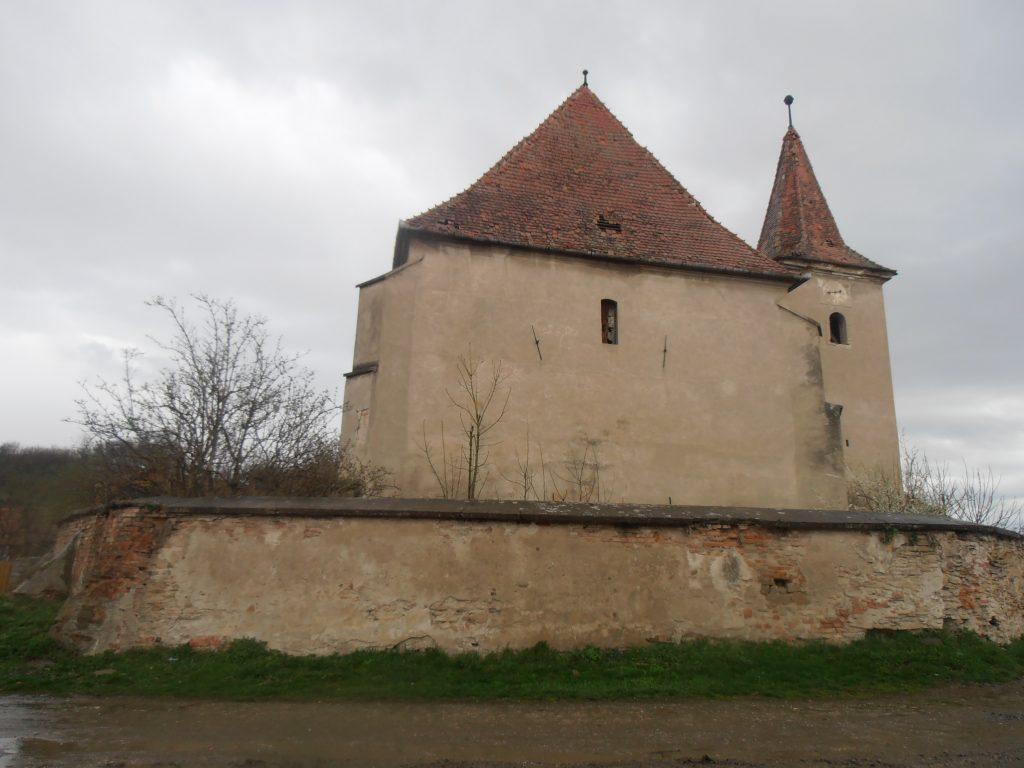 Biserica fortificata din Velt, obiective turistice in Romania, atractii turistice judetul Mures, Transilvania