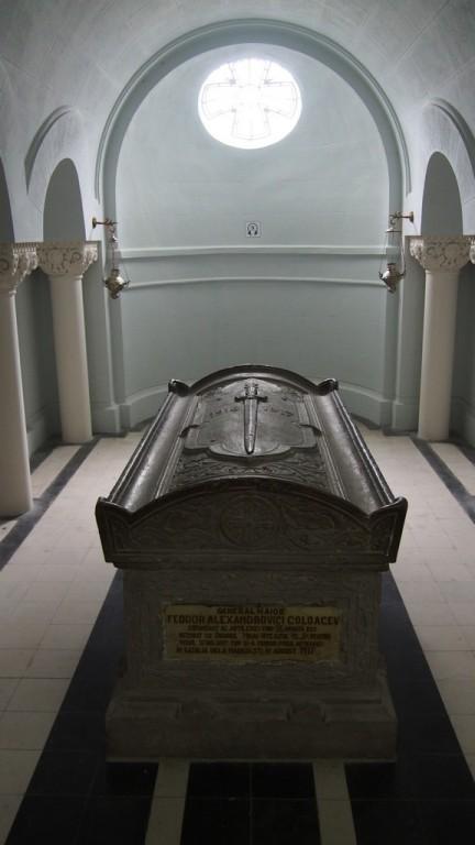 Mausoleul de la Marasesti (8)
