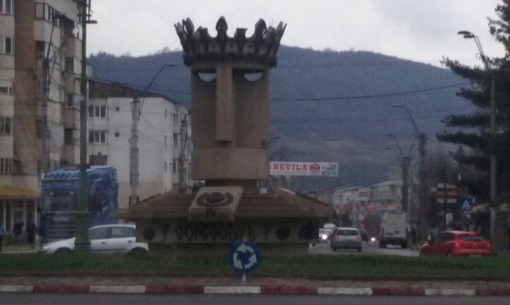Statui din Onesti, obiective turistice
