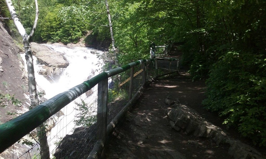 Infoturism, Cascada Putna, concediu Vrancea, Romania, obiective turistice