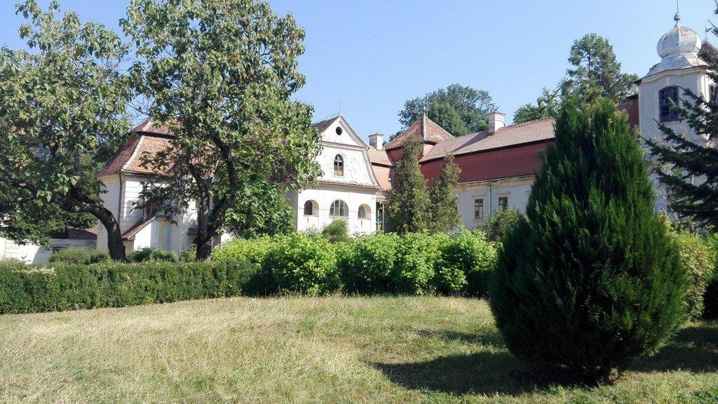 castelul-bortemisza-gurghiu-6