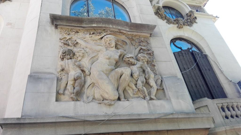 Calea Victoriei, obiective turistice Bucuresti, Muzeul Colectiilor de arta , Palatul Cantacuzino, Muzeul Memorial George Enescu