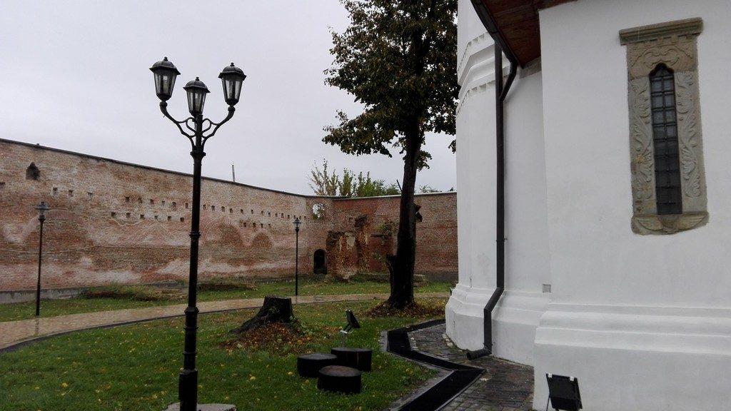 biserica-brancoveneasca-ramnicu-sarat-87