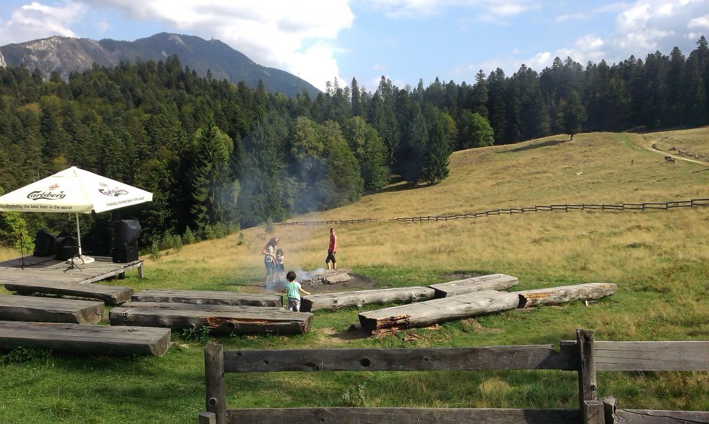 Hoodfolk, titus constantin, ovidiu mihailescu, Poiana Secuilor, Predeal, Valea Prahovei, obiective turistice Romania