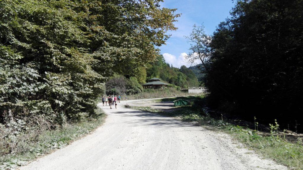traseu cheile rasnoavei, tiroliana, Poiana Secuilor, Predeal, Valea Prahovei, obiective turistice Romania