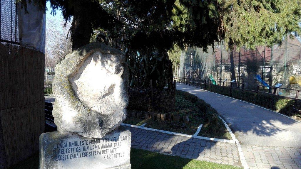 Ce sa vezi, Obiective turistice in Targoviste, Dambovita, Romania, muzee, chindia, parcuri, atractii.