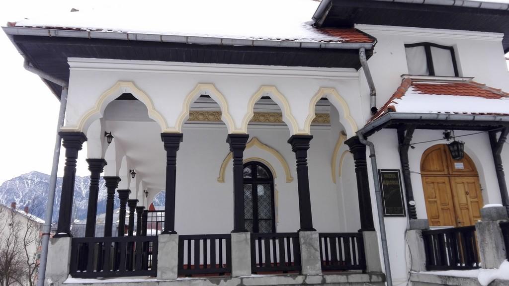 Muzeul Cezar Petrescu din Busteni, obiective turistice (4)
