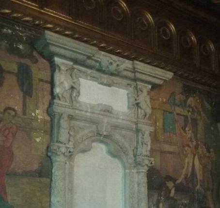 Fantana inspirata dupa intrarea Bisericii Coltea
