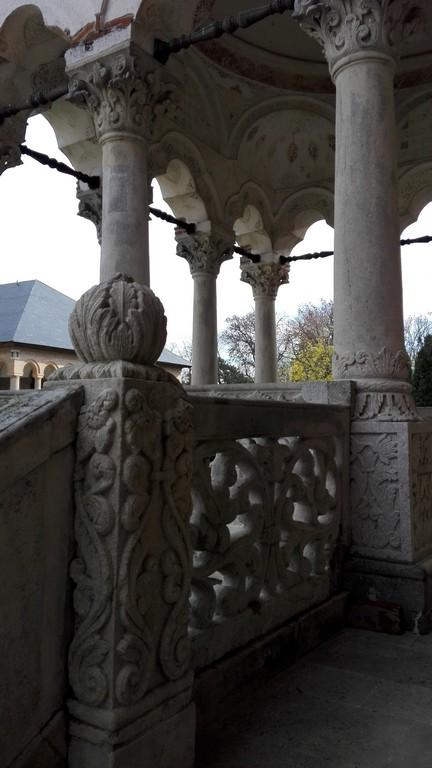 palatul Mogosoaia, logia