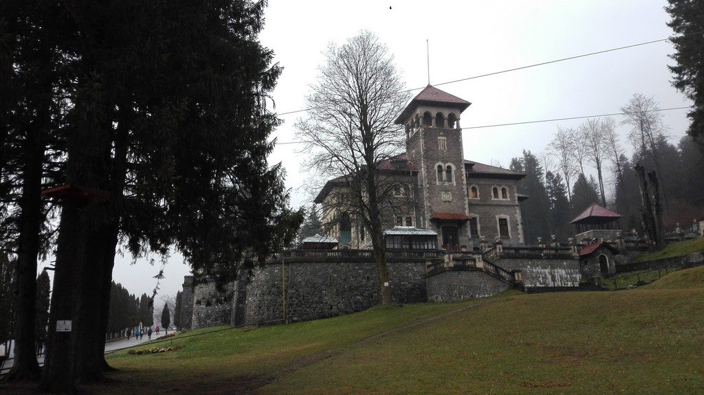 Palatul Cantacuzino Busteni, Obiective turistice pe Valea Prahovei