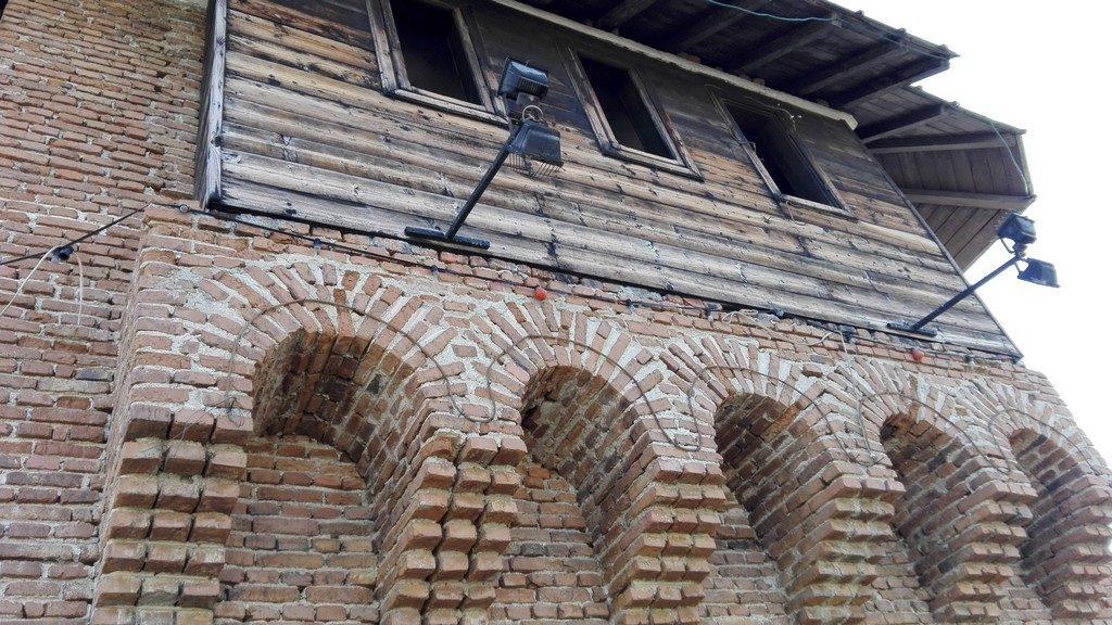turnul-poarta-bucurestiului-targoviste